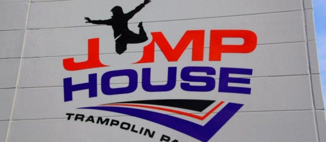 jump-house-koln-in- 2